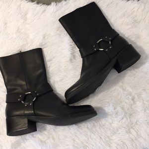 Pesaro Leather Boots
